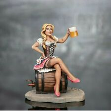 Girl with beer Hand Painted Miniature Tin 54mm 1/32